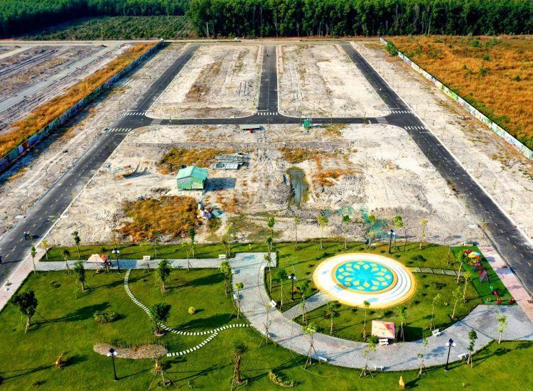 Hình ảnh thực tế Công viên dự án đất nền Golden Future City (Ảnh chụp 12/2020)