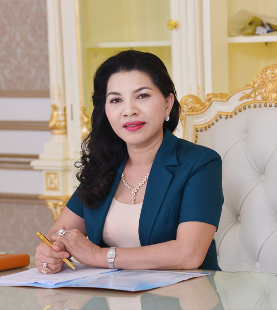 Chân dung Bà Đặng Thị Kim Oanh Tổng giám đốc Kim Oanh Group